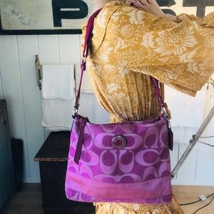 ♥️ Coach ♥️ Purple Shoulder Bag
